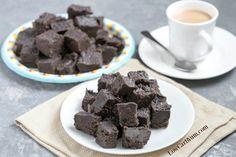 Cream cheese dark chocolate keto fudge