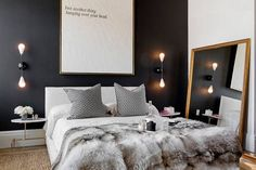 modern bedroom decorating with black and white colors