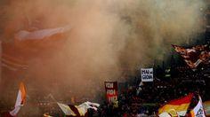 Spunta lo striscione dalla curva: #mainagioia  #neverajoy #striscione #calcio #sport #ironia #tifosi