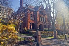 This rather imposing and beautiful house at the northeast corner of Bloor and St. George streets is now the rather exclusive York Club (photo: Dave Melnychuk)