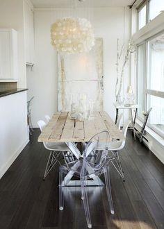 Ghost chairs & farmhouse table