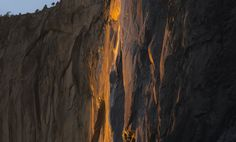 "The incredible ""Firefall"" at Yosemite National Park, California.😮 One of it's kind in whole Earth. California National Parks, Yosemite National Park, Horsetail Falls, Whole Earth, Have You Seen, Awesome, Amazing, North America, Waterfall"
