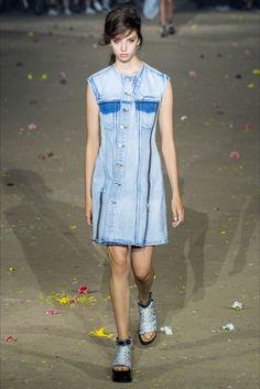 Sfilata 3.1 Phillip Lim New York - Collezioni Primavera Estate 2017 - Vogue