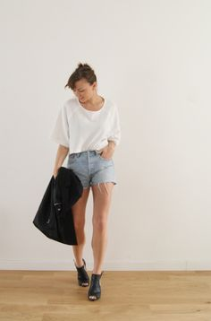 Aurelie looking great in her vintage Levis over at http://www.aurelieetcompagnie.com Get a pair now at http://www.bragvintage.co.uk