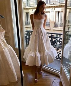 fashion, outfit, and style image - Damen Mode 2019 Pretty Dresses, Beautiful Dresses, Gorgeous Dress, Prom Dresses, Formal Dresses, Wedding Dresses, Wedding Dress Midi, Wedding Dress Casual, Petite Wedding Gowns