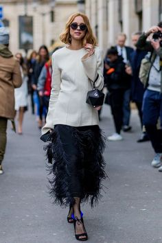 Minimal top and feathered maxi skirt #streetstyle