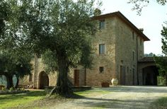 2 Bedroom Apartment in Perugia to rent from £395 pw. With wheelchair access, balcony/terrace, Log fire, TV and DVD.