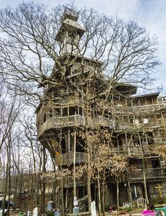 The world's tallest treehouse, located in Crossville, Tennessee.Builder Horace Burgess took 11 years to build the tree house.Horace, who lives in the 10 story wooden house, said he begun the build in 1993.