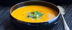Supă de morcov - cartofi piure de fasole 0 Thai Red Curry, Ethnic Recipes, Food, Meal, Essen, Hoods, Meals, Eten