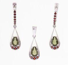 Stříbrná sada s vltavíny a granáty Museum Collection, Garnet, Pendant Necklace, Drop Earrings, Silver, Jewelry, Grenades, Silver Drop Earrings, Granada