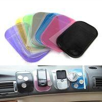 1 unids automóvil accesorios interiores para el teléfono móvil mp3 mp4 Pad GPS antideslizante Sticky Mat Anti Slip funcionará perfectamente as Charm