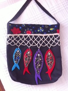 Patchwork Bags, Quilted Bag, Gypsy Bag, Clutch Bag, Tote Bag, Felt Pillow, Diy Bags Purses, Fish In A Bag, Back Bag