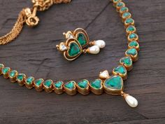 Beautiful Emeralds Temple Jewellery from ARNAV