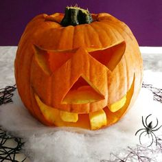 Fabriquer sa lanterne d'Halloween - Jack O Lantern