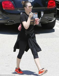 Khloe Kardashian wearing Chanel 2.55 Bag in Light Pink Dita Condor Gold Mirrored Aviator Sunglasses
