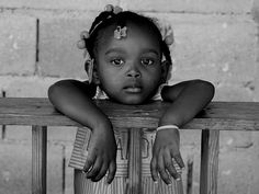 What is Happening in Haiti Precious Children, Beautiful Children, Beautiful Babies, Beautiful People, Haiti History, Haitian Art, Black Kids, Mother And Child, Shades Of Black