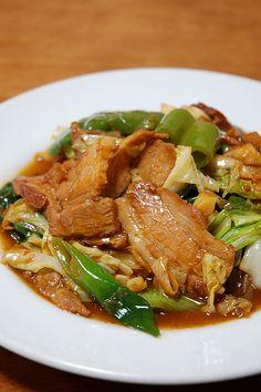 ホイコウロウ→ 回、鍋、肉とは一体どういう事なのか? という疑問を解消します! Japanese Dinner, Japanese House, Japanese Food, Asian Recipes, Ethnic Recipes, Junk Food, Japchae, Oriental, Foods
