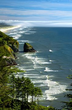 OREGON COAST! If it weren't so far away I'd go here on a regular basis. One of the most beautiful places in the world!