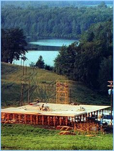A beautiful picture of the stage under construction. That is Filippini's pond in the background.