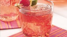 5-minute and 5-ingredient recipe! Raspberry juice lends fruity flavor to everyday tea.