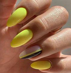 Oval Nails, Gold Nails, Short Round Nails, Round Shaped Nails, Silver Roses, Nail Inspo, Nails On Fleek, Nails Inspiration, Nail Colors