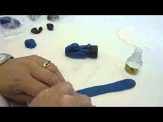 ▶ Cake Decorating - Making a Golf Bag Cake Topper - YouTube TIP: Use royal icing instead of edible glue. Check Duff's site for recipe. IDEA: Get a pic from mom of his golf bag.
