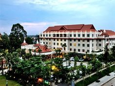 Sokha Angkor Resort and Hotel, Siem Reap is an unrivalled Luxury Hotel with the grandeur of elegant lobby with the finest Angkor sculptural carpentry and stone craftsmanship strategically Siem Reap, Angkor, Cambodia, Mansions, House Styles, Mansion Houses, Manor Houses, Villas