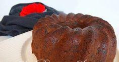Fazia um tempão que desejava obter uma boa receita de bolo de ameixa, e agora encontrei esta que achei simplesmente divina, no blog da Ro...