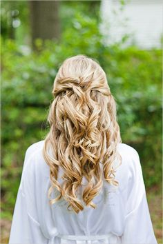 half up do with perfect curls