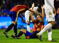 Spanyol Atasi InggrisTimnas Spanyol menang dua gol tanpa balas atas timnas Inggris dalam laga ujicoba, Sabtu (14/11/2015) dinihari WIB.