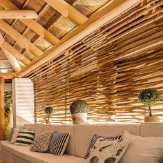 Being a natural resource, laths are both eco-friendly and sustainable and often less expensive than other decorative items. But what we just absolutely love about these simple pieces of timber, is the many ways in which it can be incorporated.  Whether you require something practical or simply decorative, a little bit of creative thinking together with some timber laths will get you a long way.