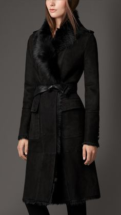 Reverse Collar Shearling Coat   Burberry