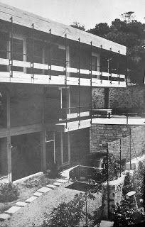 """Στοιχεία """"Εξοχικής Κατοίκησης"""" :""""Αρχιτεκτονική"""" 1957-1969: Μονοκατοικία στην Βουλιαγμένη Greece History, Weekend House, Multi Story Building, Architecture, Retro, Arquitetura, Architecture Design, Retro Illustration"""