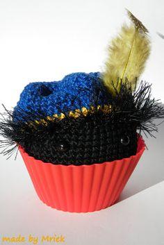 made by Mriek: Cup cake Sint & Piet