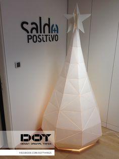 DOT christmas tree // paper pulp // www.dot-things.com www.facebook.com/DotThings