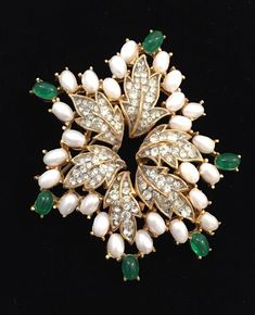 GORGEOUS PEARL AND EMERALD BROOCH - TRIFARI - LOOK OF REAL !!! | Jewelry & Watches, Vintage & Antique Jewelry, Costume | eBay!