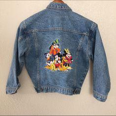 THE DISNEY STORE VINTAGE EMBROIDERED SZ XS JACKET As seen Disney Jackets & Coats