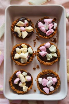 Chocolate Marshmallows Mini Pies