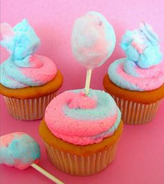 Lindsay Ann Bakes: Mini Cotton Candy Lollipops