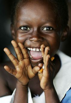 Akobima, Ghana | Flickr - Fotosharing! Boy, kid, child, hands, black, cute, nuttet, adorable, brown eyes, smiling, photo.