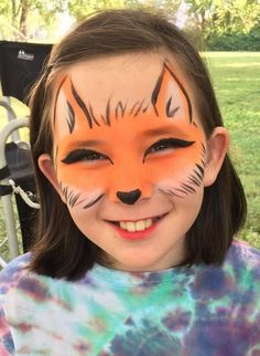 Copy this sweet fox face paint by Axelle and send your little ones to school dressed as Fantastic Mr Fox! Fox Face Paint, Mime Face Paint, Girl Face Painting, Painting For Kids, Body Painting, Simple Face Painting, Animal Face Paintings, Animal Faces, Face Painting Tutorials