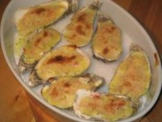 Crab Topped Oysters With a Bearnaise Sauce