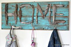 signs in a day vero beach Driftwood Signs, Driftwood Projects, Driftwood Art, Driftwood Ideas, Diy Home Decor Projects, Projects To Try, Beach Crafts, Diy Crafts, Western Crafts