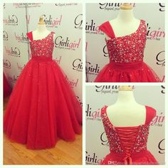 2016 Red Girls Pageant Dresses Lace Up Back With One Shoulder And Floor Length… Junior Bride Dresses, Pageant Dresses For Teens, Wedding Dresses For Kids, Pageant Gowns, Girls Dresses, Little Girls Easter Dresses, Green Flower Girl Dresses, Lace Flower Girls, Kids Outfits Girls