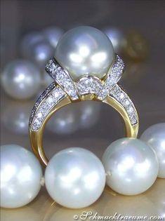 Mobe pearl RIng | .Luxury in Pearls | #Chanel #luxury #pearls #nyrockphotogirl #pearls #pearls