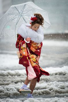 Japanese Woman wearing Kimono in the snow ~ Tokyo, Japan