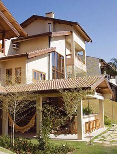 Construindo Minha Casa Clean: Fachadas com Esquadrias de PVC x Alumínio x Madeira!