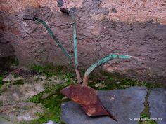Arado de vertedera Garden Tools, Hand Tools, Tractors, Gadgets, Agriculture, Romans, Pictures, Yard Tools