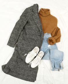 london coat ! #Pimkie Manteau prince de galles + pull chaud col roulé + jean mum + basket blanche