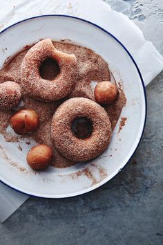 I made these yeasted apple cider doughnuts after eating my first apple cider doughnut this past weekend. It was fluffy and light and heady with the flavors of